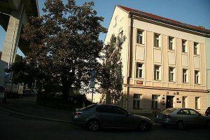 EDU 2000 budova